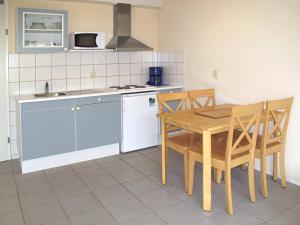 Ferienhaus Tossens 112S, Holiday homes  Tossens - big - 4