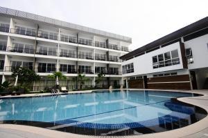 BS Premier Airport Hotel, Hotels  Lat Krabang - big - 1