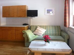 Landhaus Ines 140W, Apartmány  Kappl - big - 2