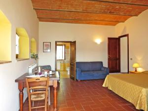 Podere Campiglia 194S, Apartments  Tavarnelle in Val di Pesa - big - 5