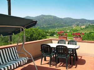 Le Coste 151S, Holiday homes  Troghi - big - 3