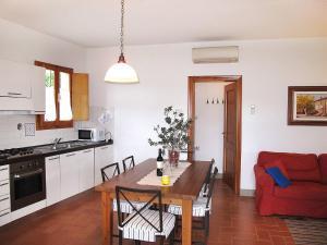 Le Coste 151S, Prázdninové domy  Troghi - big - 4