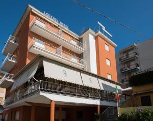 Hotel Lorenzo - AbcAlberghi.com