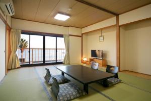Shodoshima Seaside Hotel Matsukaze, Ryokany  Tonosho - big - 10