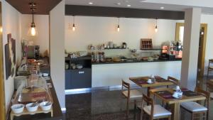 Hotel Villa Claudia, Hotels  Nago-Torbole - big - 26