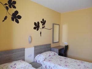 Apartamentos Querol, Appartamenti  Valderrobres - big - 10