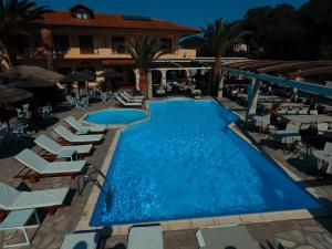 Vergos Hotel, Апарт-отели  Вурвуру - big - 34