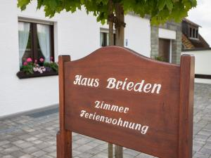Pension Haus Brieden, Pensionen  Winterberg - big - 49