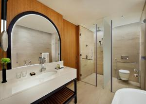 King Guest Room with Burj Khalifa View