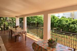 Villa Bisaccia, Villen  Partinico - big - 16