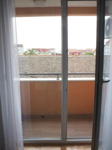 Marija Apartment, Апартаменты  Нови-Сад - big - 13