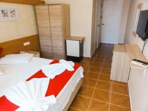 Altinersan Hotel, Hotely  Didim - big - 72