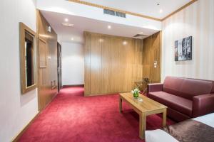 Al Farej Hotel, Hotely  Dubaj - big - 5