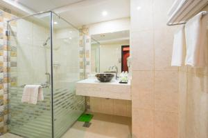 Al Farej Hotel, Hotely  Dubaj - big - 8