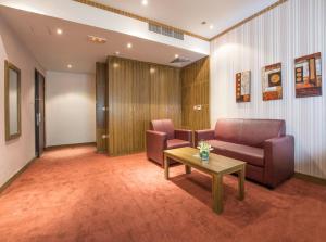 Al Farej Hotel, Hotely  Dubaj - big - 11