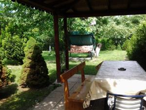 Sunny Day Vacation Home, Holiday homes  St. St. Constantine and Helena - big - 7