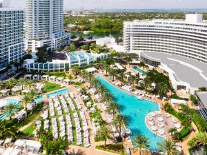Fontainebleau Miami Beach 26 Of 39