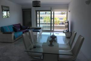 Royal Beach Luxury Apartments, Apartments  Ibiza Town - big - 17