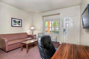 University Park Inn & Suites, Hotels  Davis - big - 7
