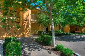 University Park Inn & Suites, Hotels  Davis - big - 24