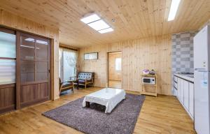 Goseong 2119, Holiday homes  Seogwipo - big - 5