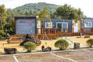 Goseong 2119, Holiday homes  Seogwipo - big - 48