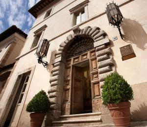 Palazzo Seneca (1 of 29)