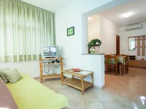 Apartment Korelic Green Garden, Appartamenti  Porec - big - 7