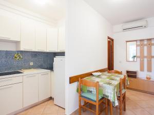 Apartment Korelic Green Garden, Appartamenti  Porec - big - 5