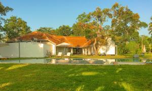 Villa Ronnaduwa, Villák  Hikkaduwa - big - 6