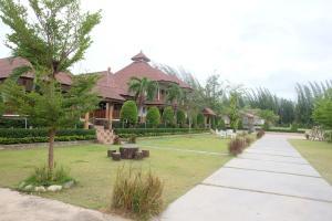 Ruen Sam Ran Resort, Ратчабури
