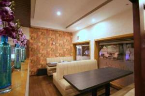 Hotel Florence, Hotels  Raipur - big - 17