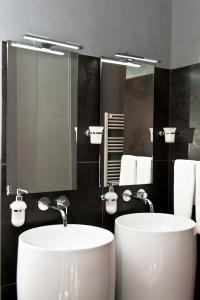 Di Rienzo Suites Trevi, Отели типа «постель и завтрак»  Рим - big - 25