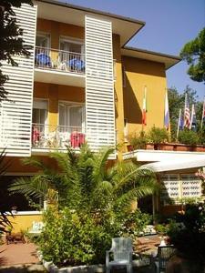 Hotel Villa Rona - AbcAlberghi.com