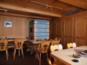 Gasthaus zur Traube, Gasthäuser  Jenins - big - 13