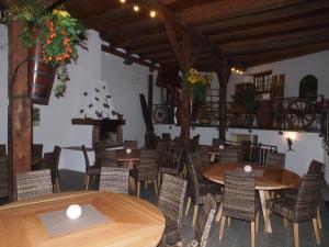 Gasthaus zur Traube, Gasthäuser  Jenins - big - 22