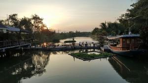 Country Lake View Hotel - Ban Pho Tha Sai
