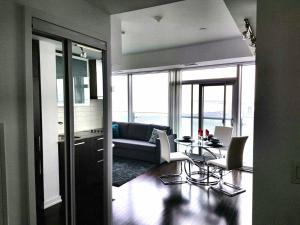 Premium Suites - Furnished Apartments Downtown Toronto, Apartmány  Toronto - big - 42