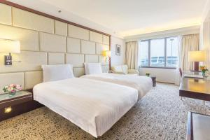 Prime Deluxe King or Twin Room