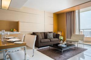 One-Bedroom Suite with Private Balcony