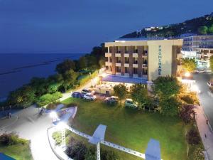 Hotel Promenade, Hotels  Gabicce Mare - big - 67