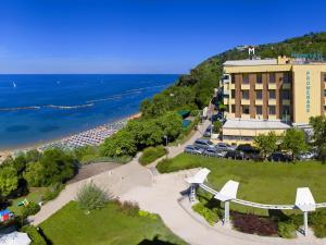 Hotel Promenade, Hotels  Gabicce Mare - big - 1