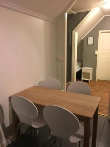 Villa Svolvær, Aparthotels  Svolvær - big - 16