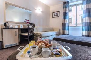 Hotel Tritone Rome - AbcAlberghi.com