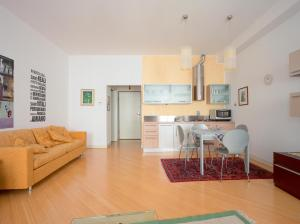 DIAZ 10, Apartments  Trieste - big - 10