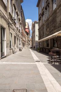 DIAZ 10, Apartments  Trieste - big - 11