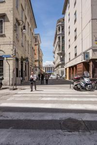 DIAZ 10, Apartments  Trieste - big - 12