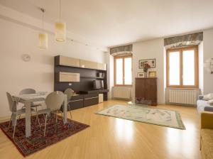 DIAZ 10, Apartments  Trieste - big - 14