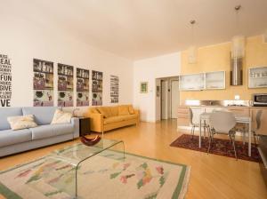 DIAZ 10, Apartments  Trieste - big - 16