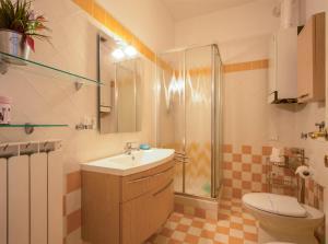 DIAZ 10, Apartments  Trieste - big - 17